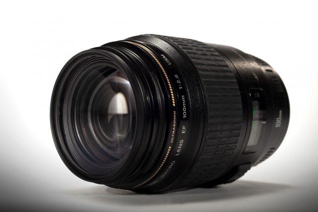 Canon 100mm Macro f/2.8
